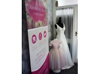 Preloved & Ex-Display Wedding Gowns & Prom Dresses