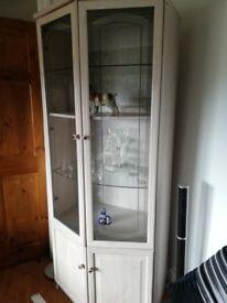 Corner display unit