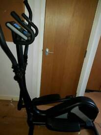 EXCELLENT CONDITION ROGER BLACK CROSS TRAINER