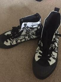 Star Wars High Tops Size 4