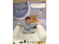 Dream Tubes fitted sheet