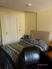 Studio Apartment very close to Skipton Town Ctr. Rail and bus links & shops within 5mins walk
