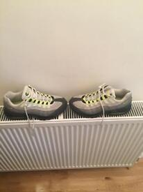 Nike air max 95s size 7