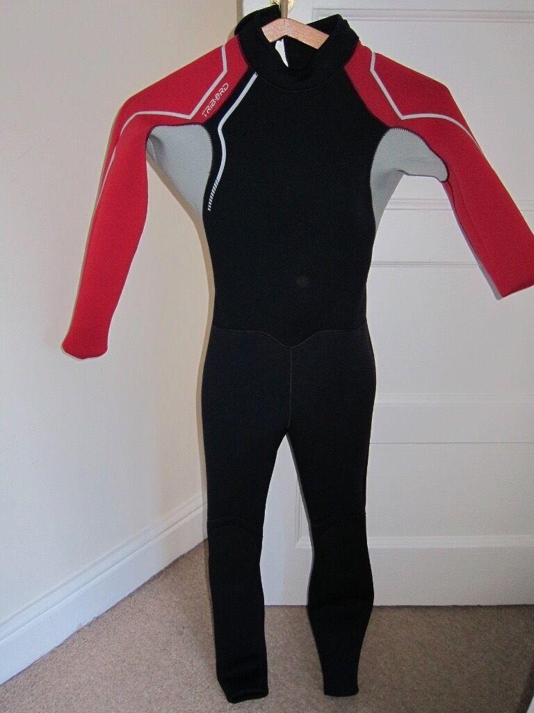 boy wetsuit