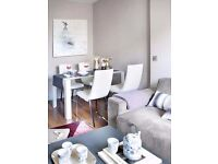 0.8 mile walk to Earlsfield Station, Commuters Perfect Location, 2 bed/2 bath, Earlsfield, SW18