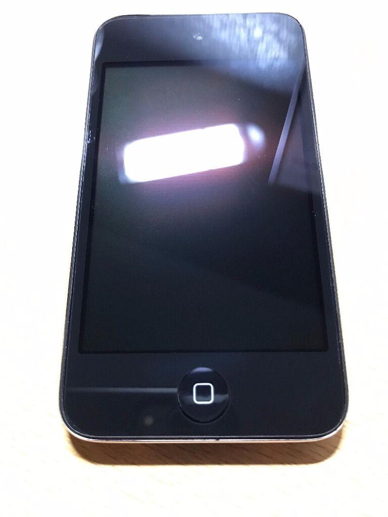 Apple iPod Touch - 4th Generation - 64GB - Black