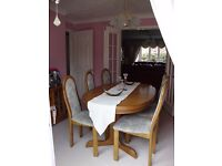 Dining Room Extending Table and six Dining Room Chairs