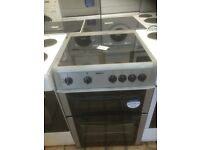 Beko 600 mm wide ceramic top electric cooker £130 can deliver