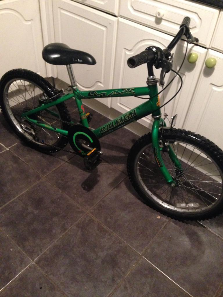 BOYS RALEIGH MAX 5 SPEED BIKE ( Ideal Xmas Gift )