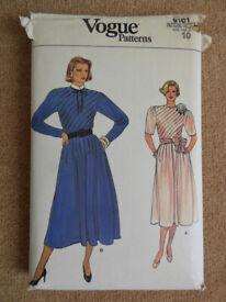 Vogue 9101 Vintage Circa 1980's Rare Dress Sewing Pattern Size 10