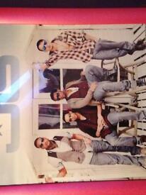 Printed JLS signed photo
