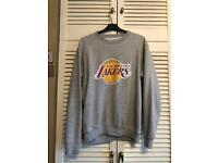 LA Lakers Jumper Medium