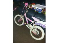 Little girls bike needs a little tlc but suit someone who does bikes up