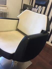 HD brow stylist chair