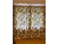Curtains & cushion set