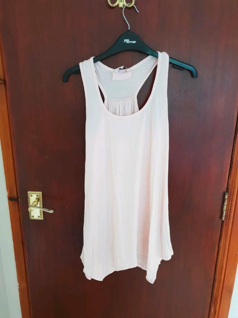52c11a149359c4 Pink Vest Top New Look Size 8