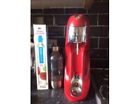 Soda stream red