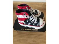 Baby Converse infant Size 4