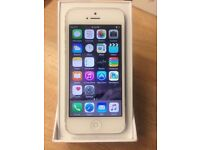 IPHONE 4S 16GB WHITE/BLACK EE NETWORK MINT CONDITION WITH RECEIPT