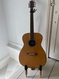 Acoustic Guitar & Stand - great for beginners