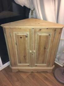 Solid heavy old reclaimed pine corner unit
