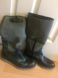 GREAT condition G star raw boots/ Green/Khaki colour- size 7