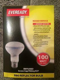 4x 100 watt R80 Reflector Bulbs Screw Cap Fitting Brand New