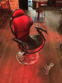 Barber / Hairdressing chair