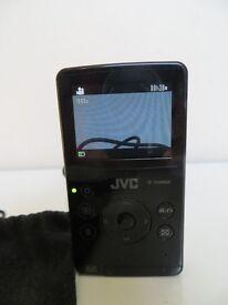 A NICE CLASSIC RARE JVC HD 1080 POCKET CAMERA HANDY CAMCORDER BLACK GC-FM1, MINT