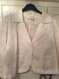 Ladies cream Jacket/Blazer