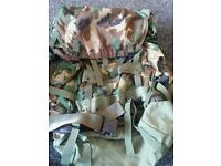 large internal frame us military field back pack woodland hiking new