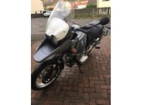 2002 BMW R1150GS, driving lights , full BMW panniers etc!