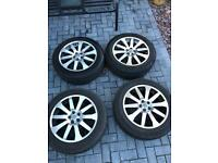 Land Rover alloys set 4 and tyres