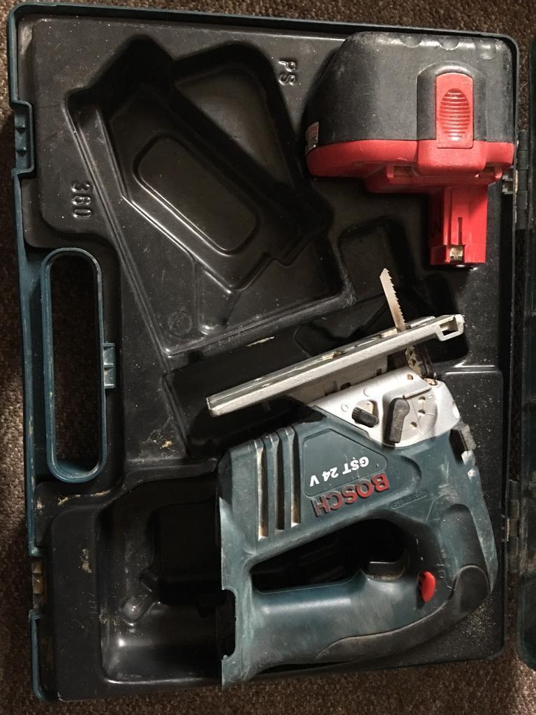 Boxed Bosch Cordless Jigsaw GST24V2 (24 Volt 2.6Ah)