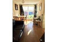 ** Lovely Double room in Dollis Hill/Willesden Green**