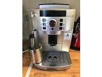 Coffee machine DeLonghi MagnificaS in mint condition