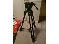 Manfrotto MVK502AM Video Tripod & Bag - Only used twice!