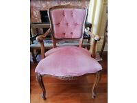 Lovely chair very cheap to clear