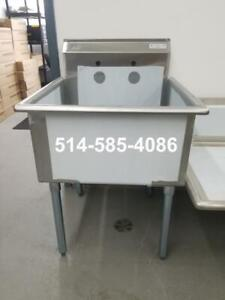 Stainless Steel 24 x 24 Sink! Brand New!! Evier en Acier Inoxydable 24 x 24- Neuf! LIQUIDATION!!