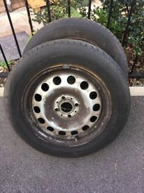 Pair of Mini steel wheels with excellent matching M+S tyres 175/65 r 15 4 stud wheels
