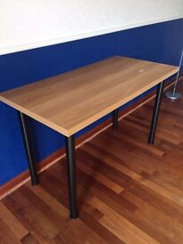 wooden desk/table