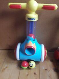 Tomy ball popper + 4 balls