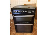 HOTPOINT ULTIMA DOUBLE ELECTRIC OVEN AND HOB - HUE61