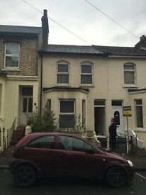4 BEDROOM HOUSE, Dover, 2mins to station