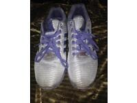 Size 9 all blue fluxes