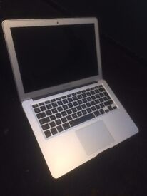 """MacBook Air Early 2015 13"""" Screen Excellent Condition OS Sierra"""
