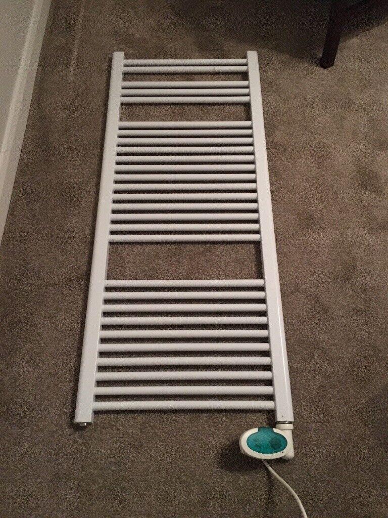 White powder coated ladder radiator