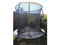 Trampoline 8ft in very good condition £60