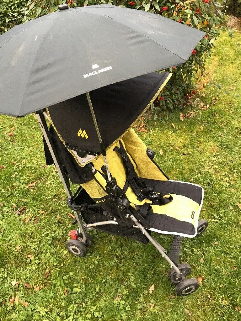 Maclaren Quest Black and Lime buggy excellent condition barely used