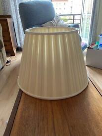 Cream pleated large shade